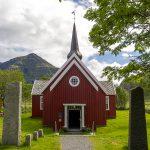 Flakstad kyrka
